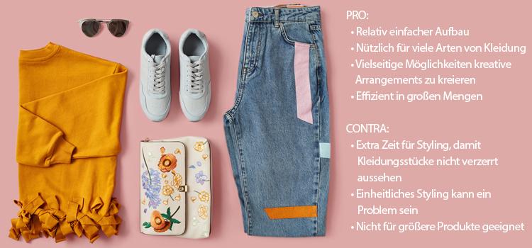 Br24 Blog Kleidung fotografieren: Beispiel Flat Lay, gelber Pullover mit modischen Jeans und passende Accessoires, mit Pro und Contra