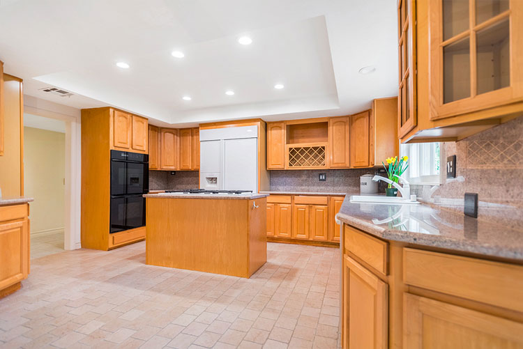 Real Estate: Kitchen with wooden fronts before virtual renovation