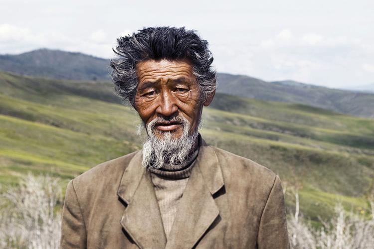 Br24 Blog Visuelle Trends 2018 Echt und ungefiltert: Alter Mann aus Mongolia