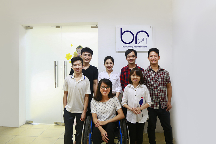 Br24 equal opportunities: People with disabilities work at Br24