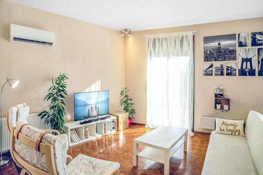 Br24 Immobilien, Retusche: modernes Wohnzimmer, nach der Retusche