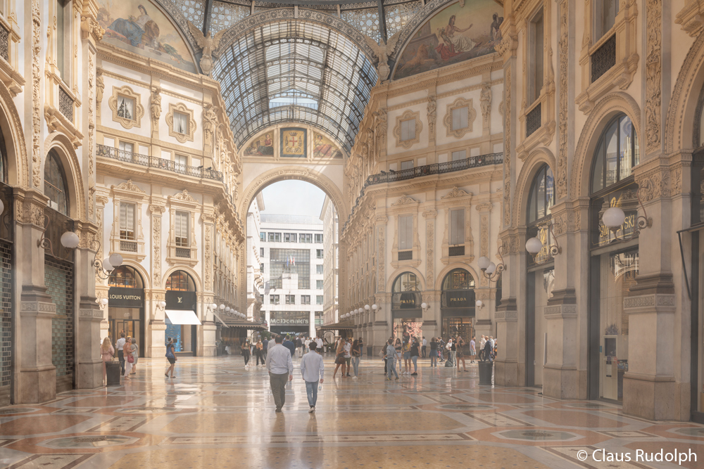 Br24 Composing: large, beautiful shopping mall, before composing