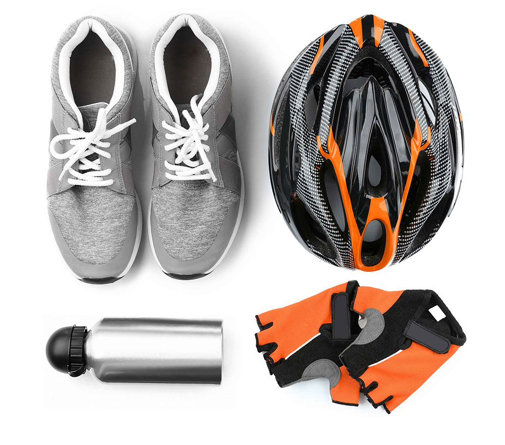 Br24 Colour Correction: e-commerce, bike equipment with sport shoes, helmet, water bottle and gloves
